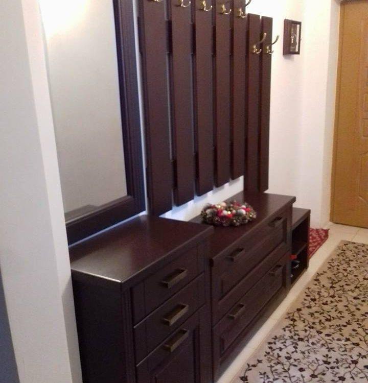 cuier lemn masiv
